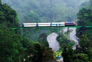 Kereta Asik