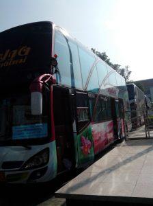 Bus bertingkat