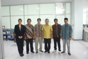 berpose bersama PBRU Presiden